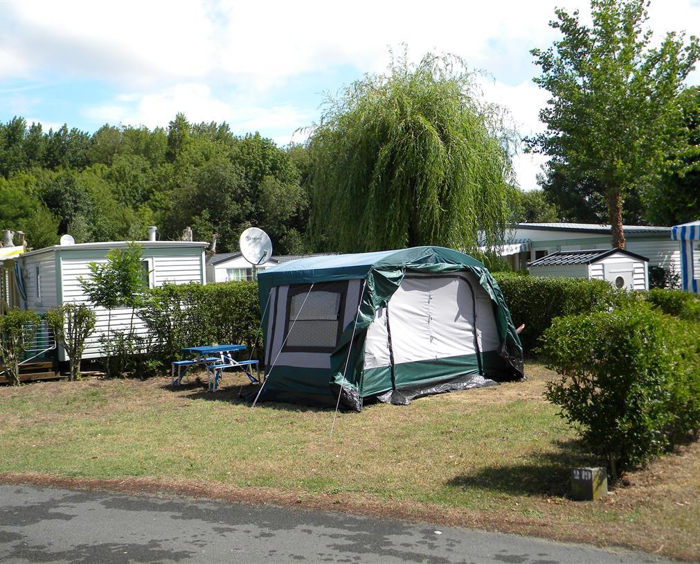 camping 5* les Chouans - emplacements 1