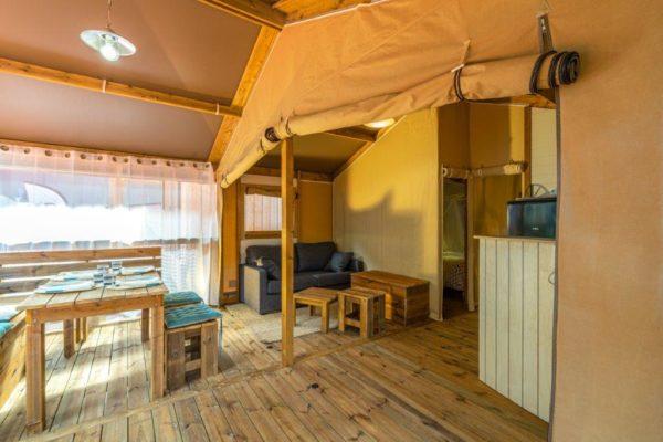 ecolodge camping